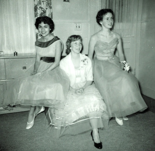 1959 Junior Prom at Yuba City High School (my mother is on the left)