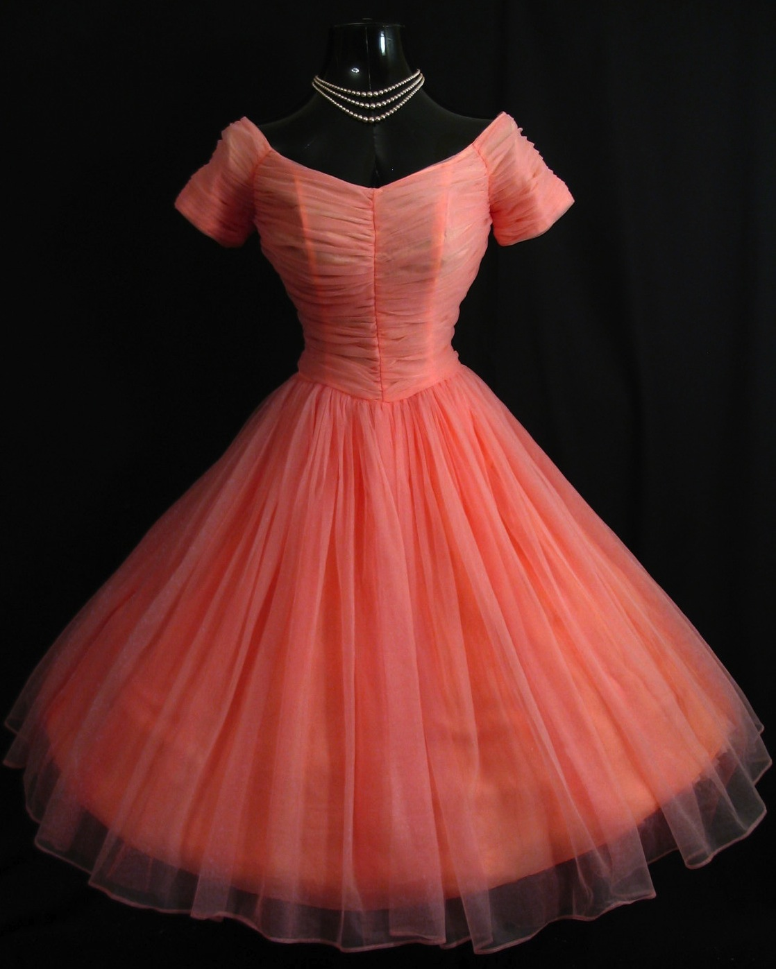 "Vintage Wedding Dresses Toronto: ""Vintage Vortex"" Gorgeous 50s Prom Dresses"