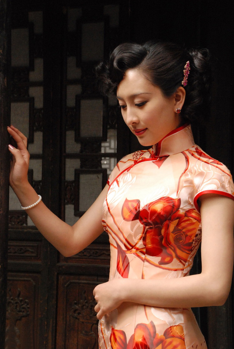 The Cheongsam And The Chinese Bombshell  Divine Stitches-6926