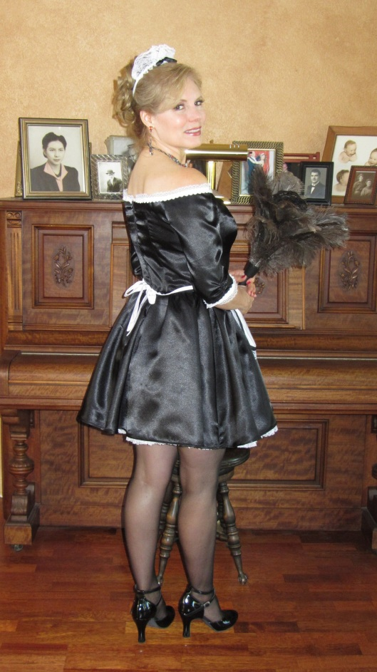 Christina Troxel French Maid back